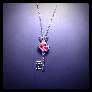 Jewelry - PENDANT - KEY TO MY HEART w/ CHAIN